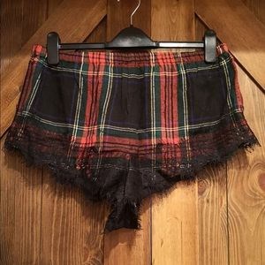 NWT red and black plaid 2pc pjs with eyelash lace